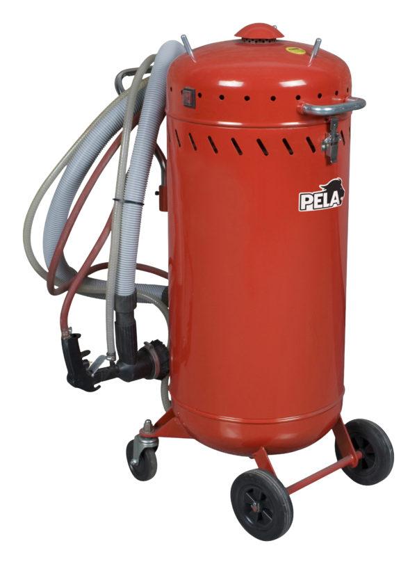 Pressurised sandblasters with vacuum unit